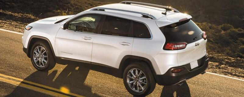 2018 Jeep Cherokee Latitude Exterior - Rear