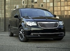 2016 Chrysler Town and Country near Long Island