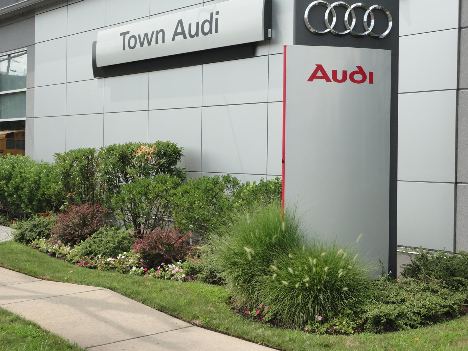about town audi englewood nj new audi and used car dealer. Black Bedroom Furniture Sets. Home Design Ideas