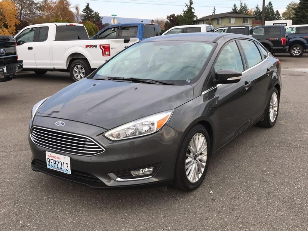 2017 Ford Focus Titanium This 2017 Ford Focus has a 20 liter 4 Cylinder Engine high output engine