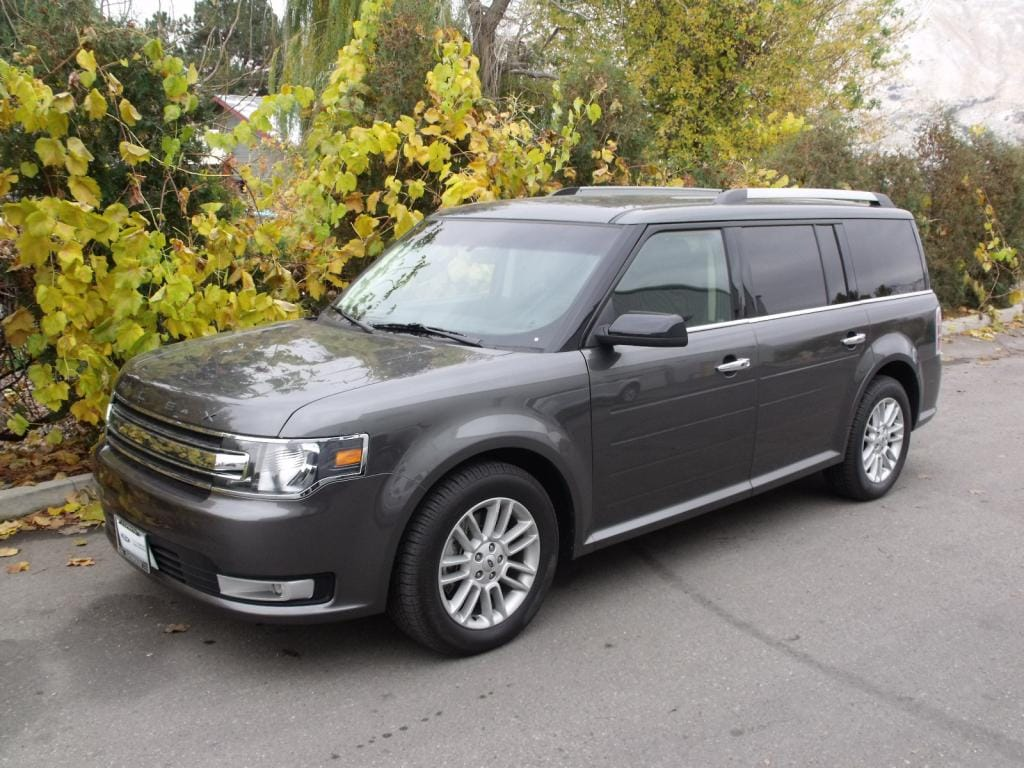 2016 Ford Flex SEL 2016 Ford Flex SEL AWD Reviews  The cabin is spacious and versatile with gen