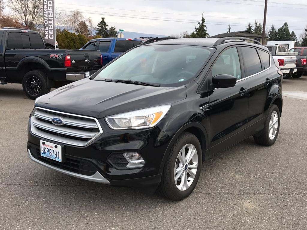 2018 Ford Escape SE 2018 Ford Escape SE 4WD Priced below KBB Fair Purchase Price Odometer is 1270