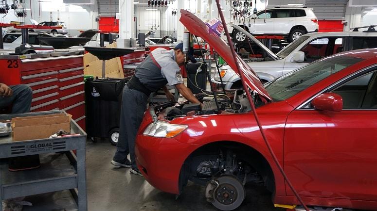 routine car maintenance in Orlando