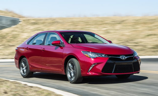 2016 toyota camry near orlando toyota model info. Black Bedroom Furniture Sets. Home Design Ideas