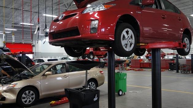 routine auto service in Orlando