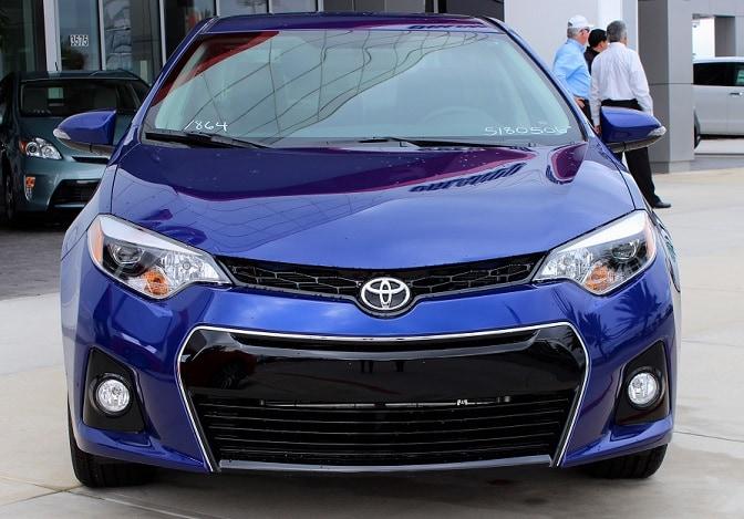 2015 toyota corolla vs honda civic best new toyota near for Honda dealership clermont fl