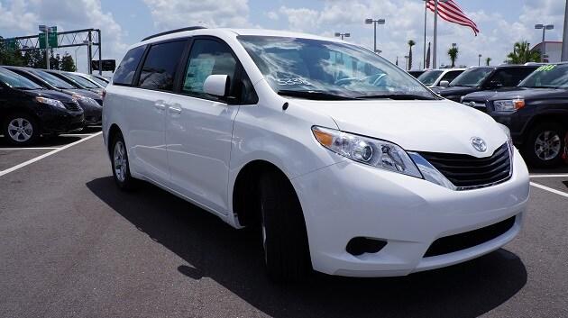 2014 Toyota Sienna near Orlando