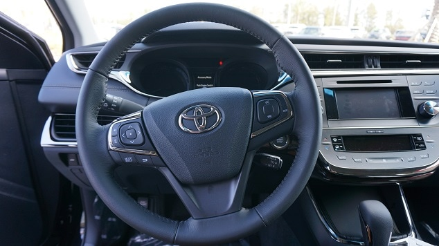 2013 Toyota Avalon in N Charlotte