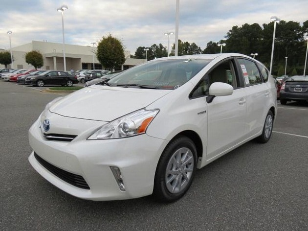 2013 Toyota Prius v in N Charlotte