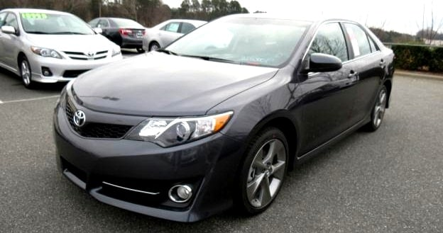 2013 Toyota Camry in N Charlotte for sale