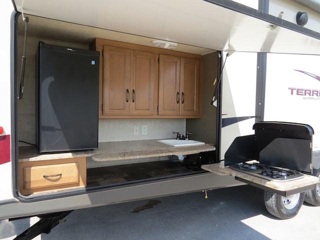 used 2013 keystone rv outback terrain 321tbh ultra lite 35ft bunk