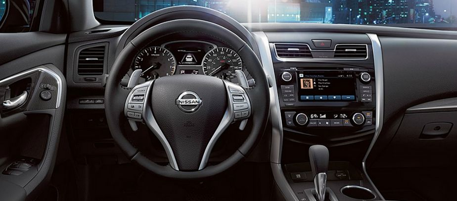 2016 Nissan Altima Drivers Seat View