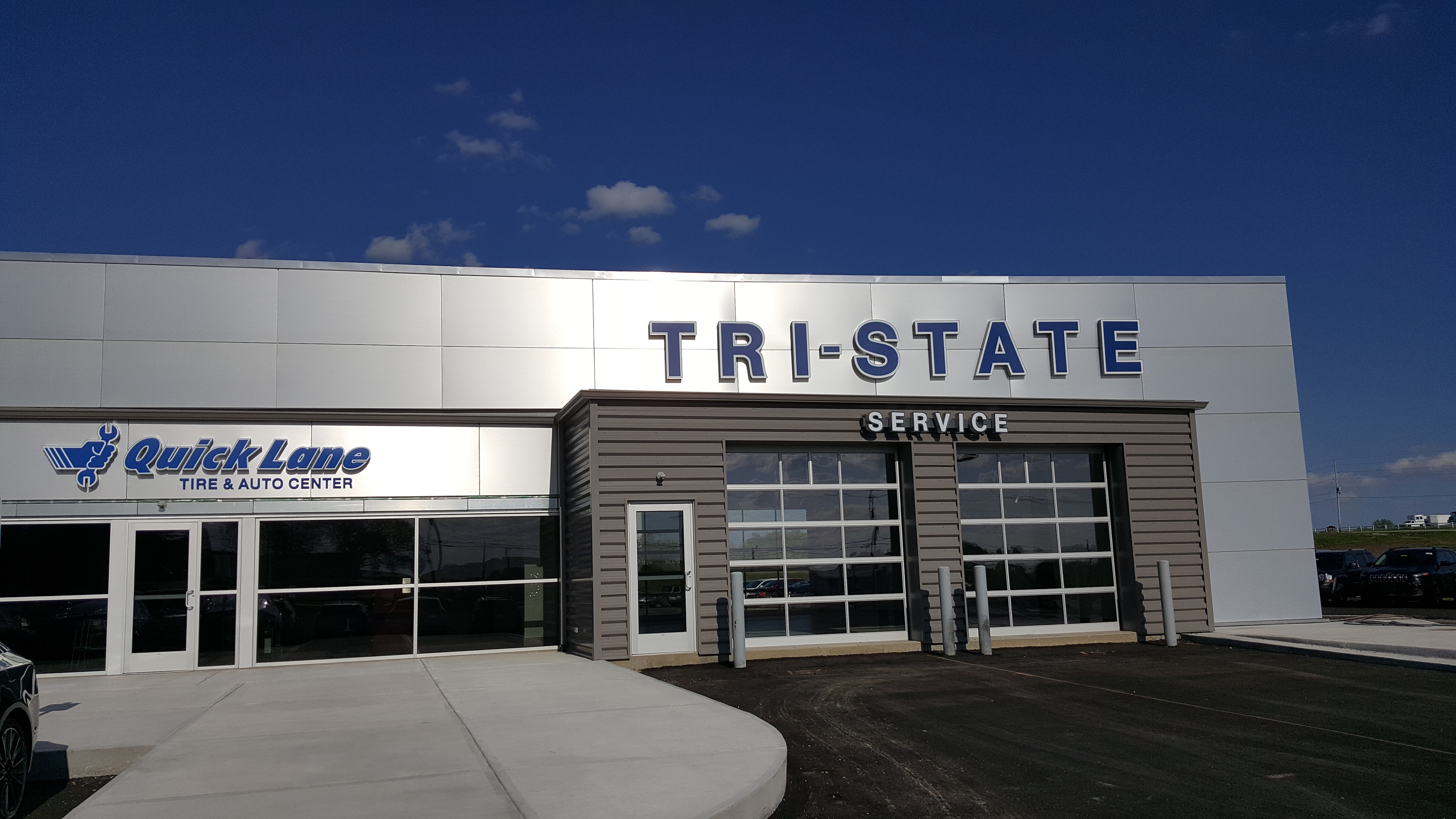 Tri state auto family new dodge jeep collision for State motors lincoln dealer manchester nh