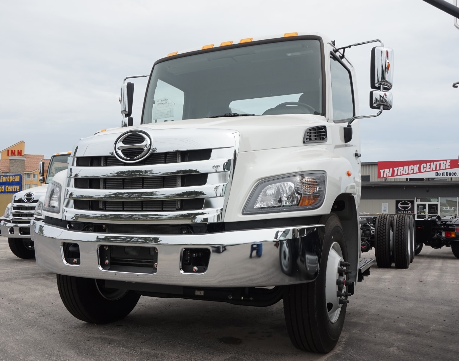Featured New Trucks in Barrie |Tri Truck Centre Inc ...