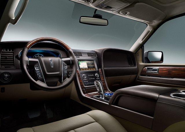 2017 Lincoln Navigator - Inside