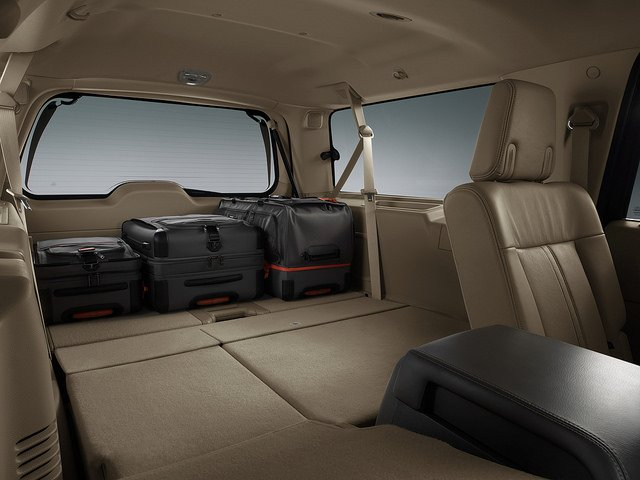 2017 Lincoln Navigator - Backseat
