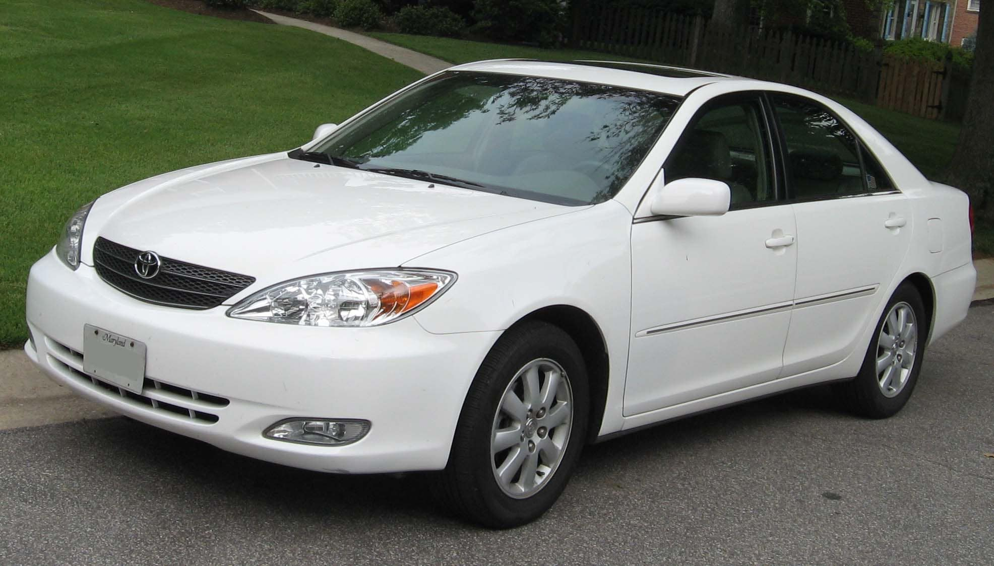 2010 toyota camry information specs features and. Black Bedroom Furniture Sets. Home Design Ideas