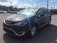 2018 Chrysler Pacifica Touring L Plus Van