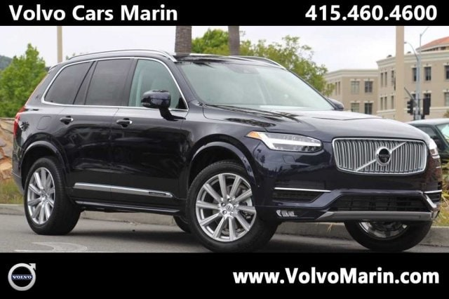 2017 Volvo XC90 T6 AWD Inscription This Volvo wont be on the lot long It delivers style and powe