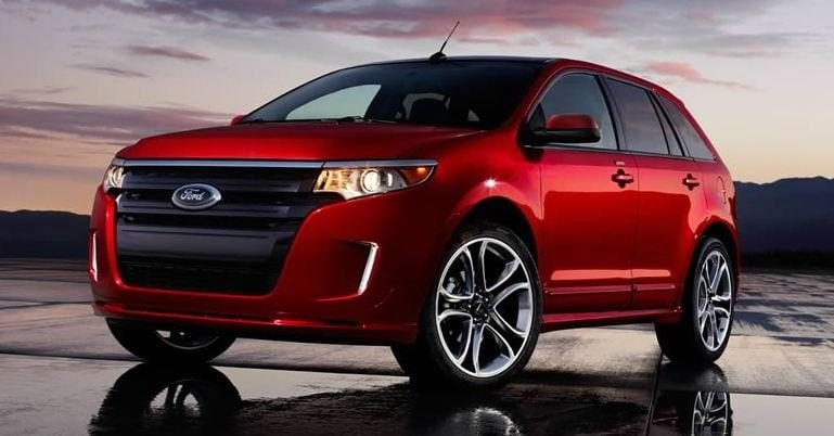 The  Ford Edge Offers A Smooth Attractive Exterior Design With Features Like The Bold Front Grille That Adds Modern Sleekness
