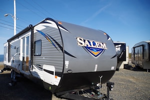 2017 SALEM BY FOREST RIVER 37BHSS2Q