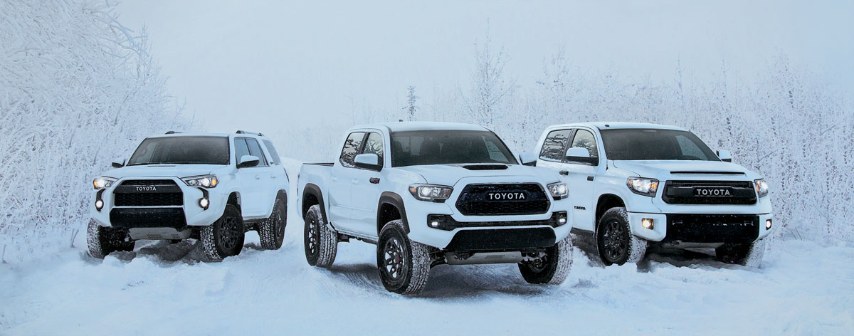 2017-Tundra-Tacoma-4Runner-posed-in-snow-01.jpg