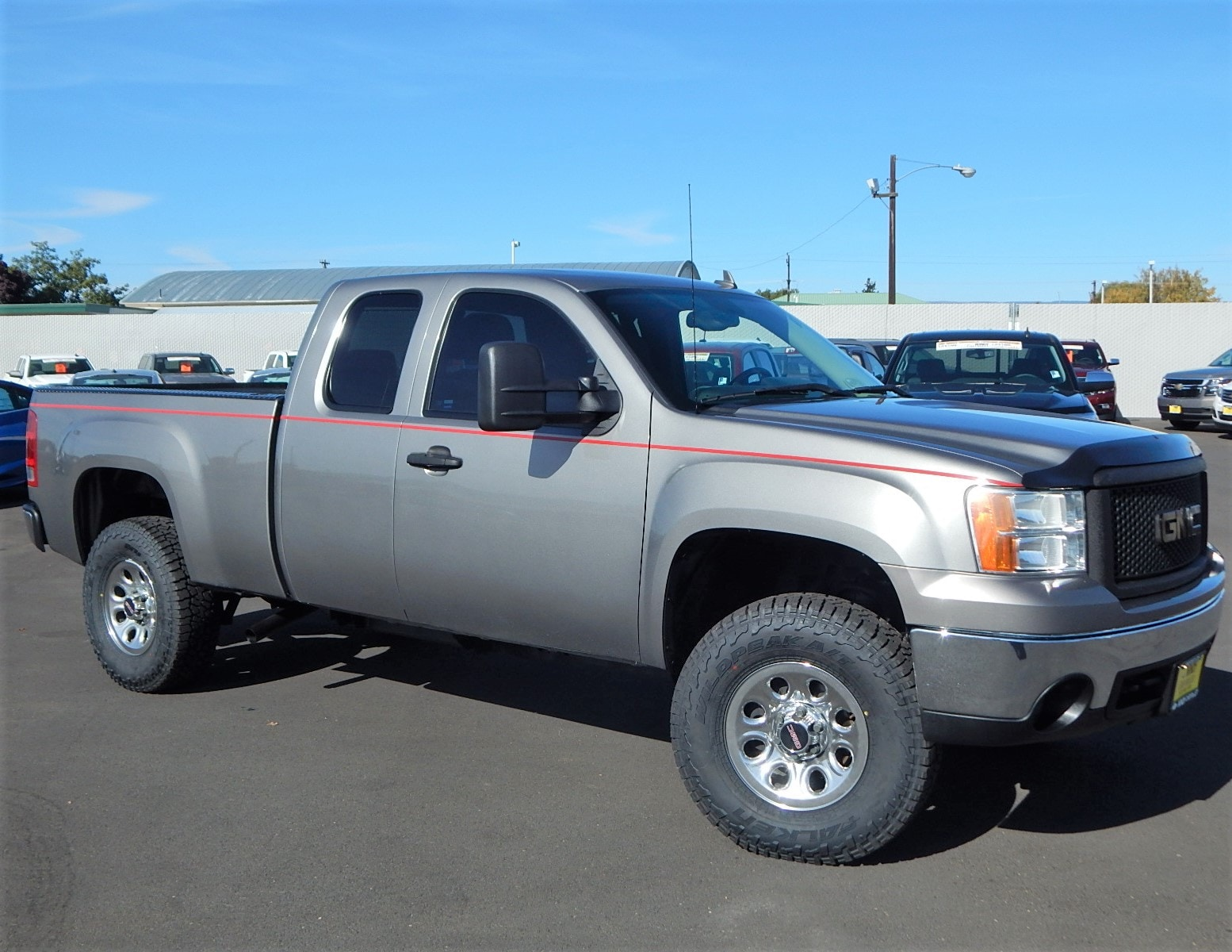 2008 GMC Sierra 1500 We offer financing for just about anyone Good Credit Bad Credit REPO Bank