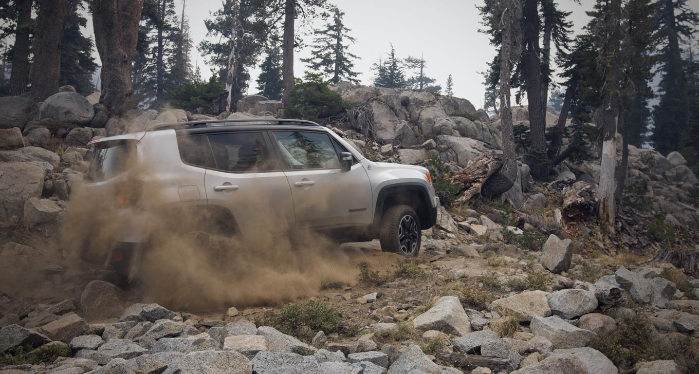 2015 Jeep Renegade Trailhawk off roading