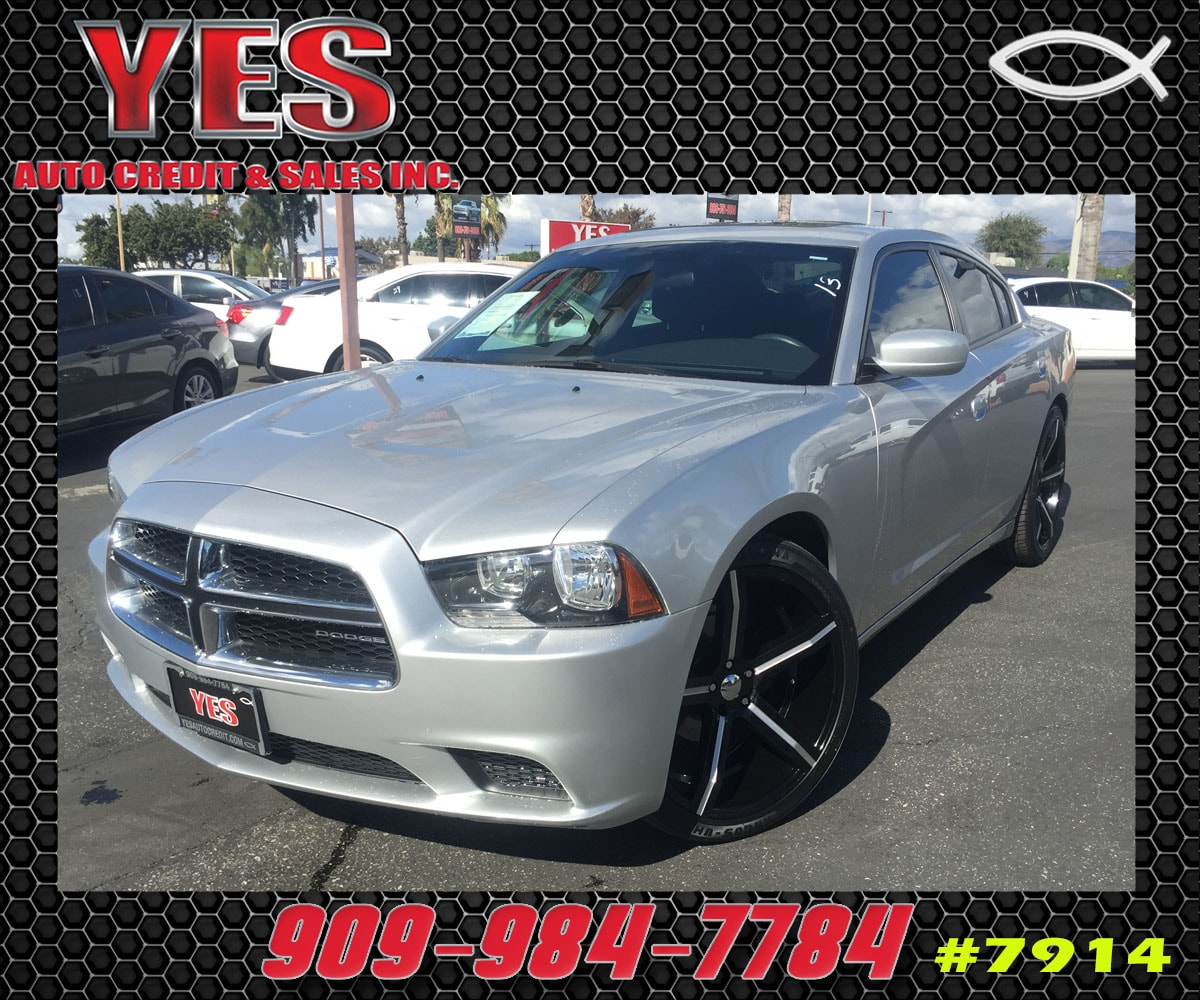 2012 Dodge Charger SE MANAGER SPECIALPrice does not include tax licence fees accessories and aft