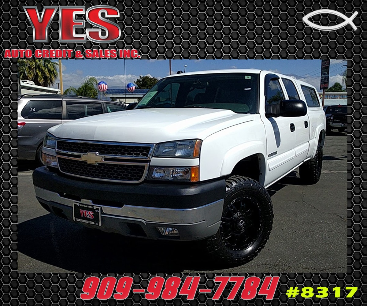 2005 Chevrolet Silverado 2500HD LT INTERNET PRICE Price does not include tax license fees ac