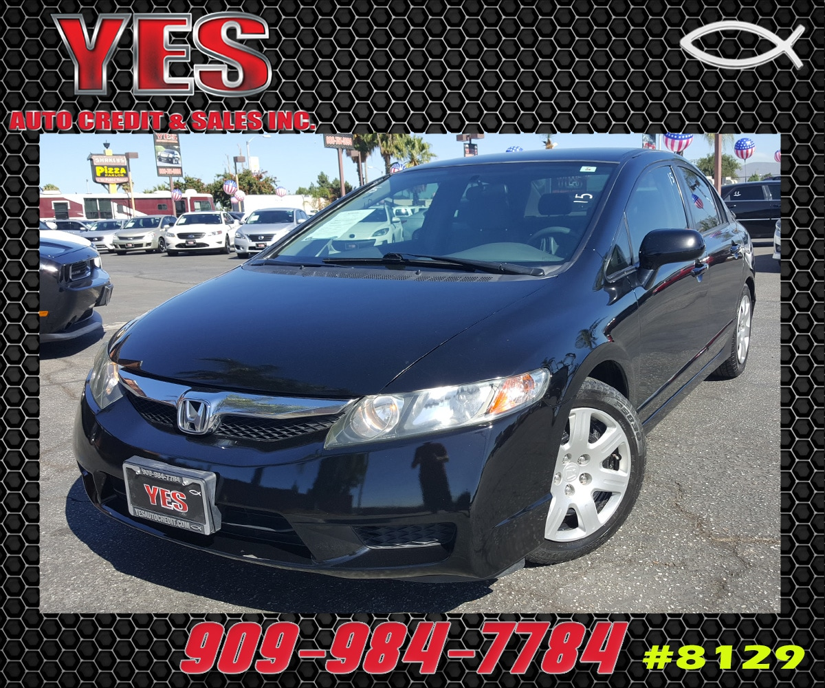 2010 Honda Civic LX INTERNET PRICE Price does not include tax license fees accessories and a