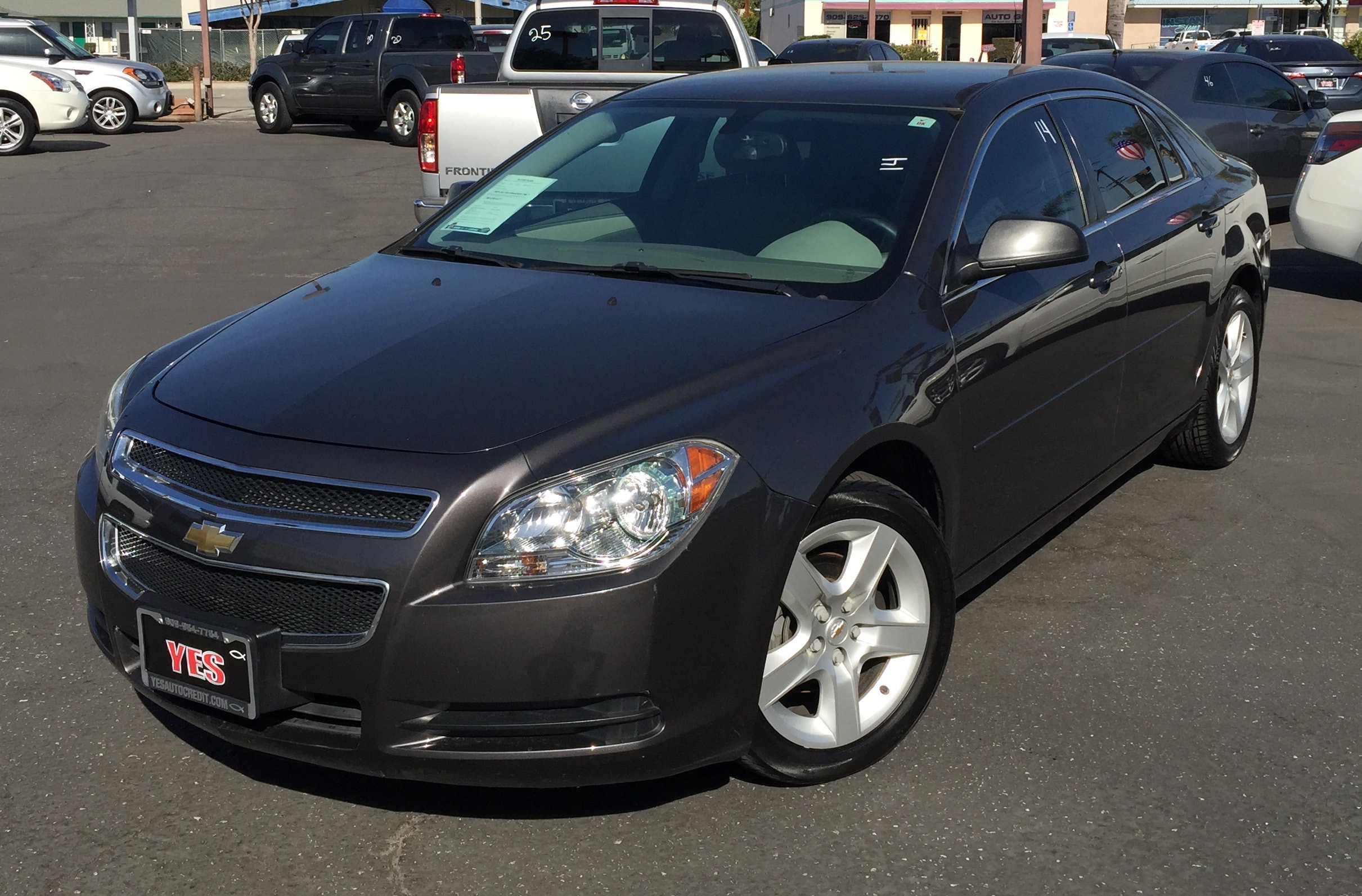 2010 Chevrolet Malibu LS INTERNET PRICE Price does not include tax license fees accessories