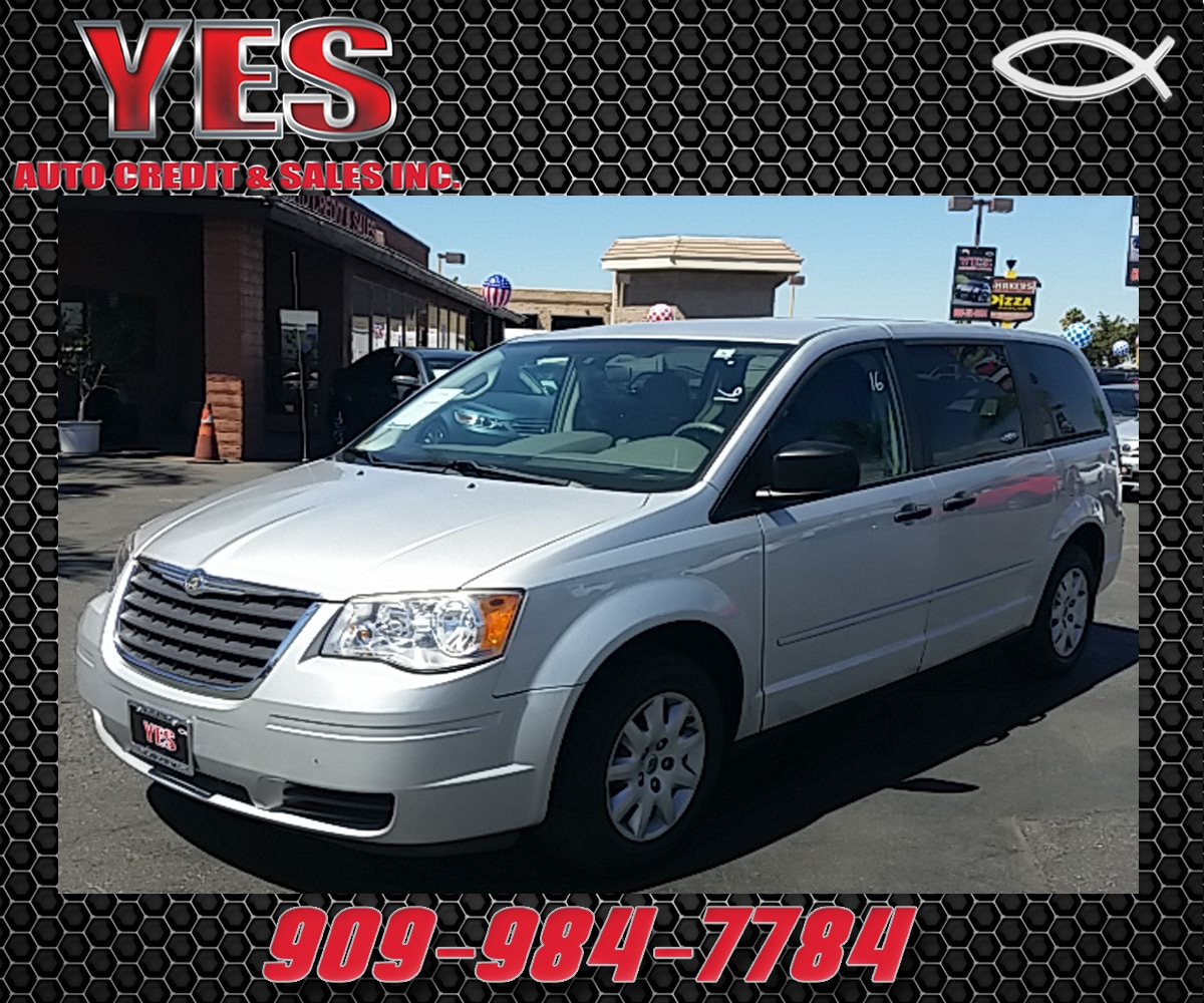 2008 Chrysler Town  Country LX MANAGER SPECIALPrice does not include tax licence fees accessorie