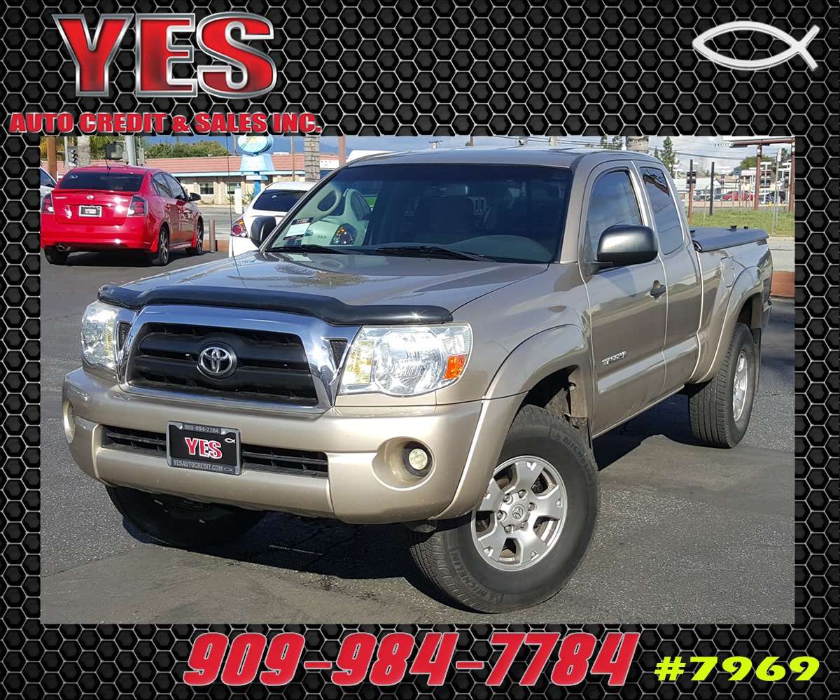 2005 Toyota Tacoma Base INTERNET PRICE Price does not include tax license fees accessories a