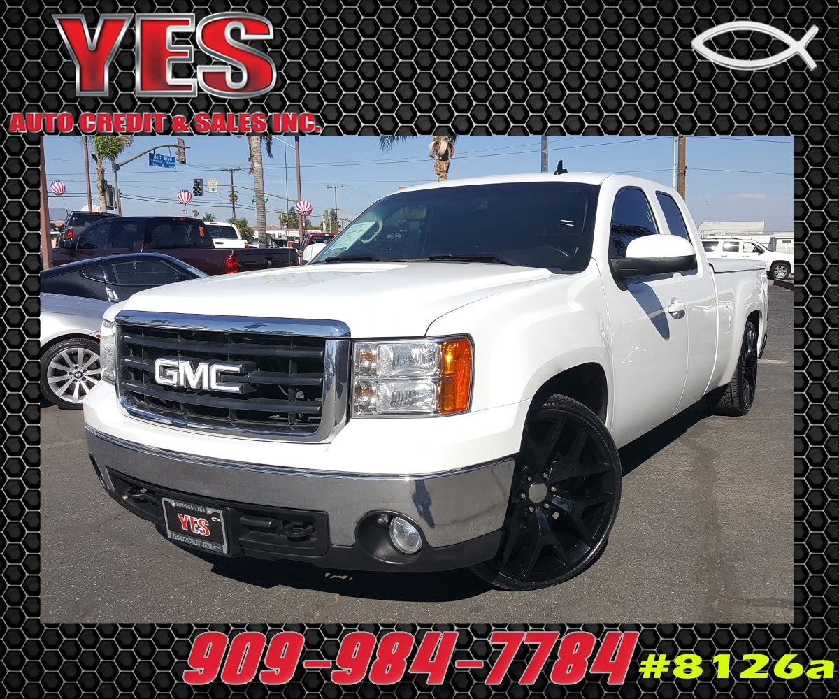 2008 GMC Sierra 1500 SLT INTERNET PRICE Price does not include tax license fees accessories