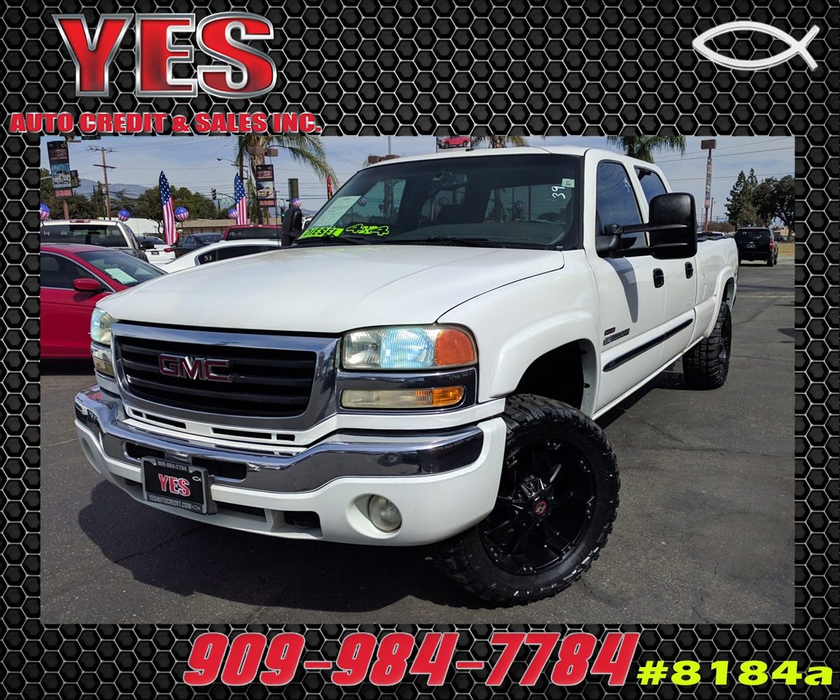 2004 GMC Sierra 2500HD INTERNET PRICE Price does not include tax license fees accessories an