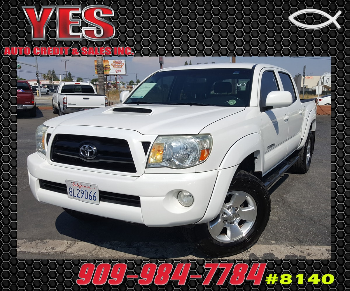 2007 Toyota Tacoma PreRunner V6 INTERNET PRICE Price does not include tax license fees acces