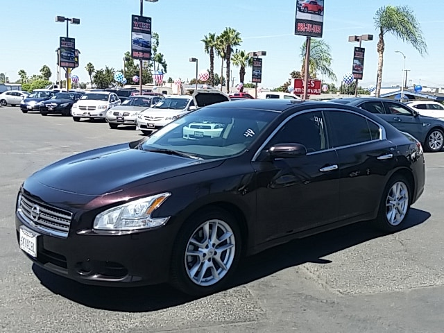 2010 Nissan Maxima 35 S CVT MANAGER SPECIALPrice does not include tax licence fees accessories