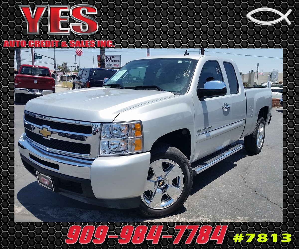2010 Chevrolet Silverado 1500 LT MANAGER SPECIALPrice does not include tax licence fees accessor