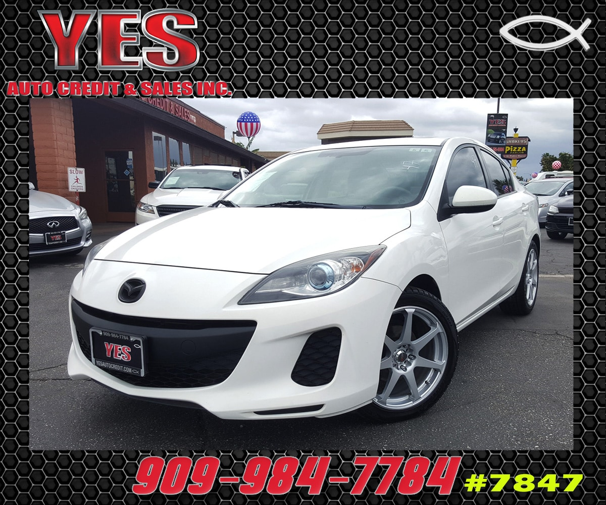 2012 Mazda Mazda3 i Grand Touring INTERNET PRICE Price does not include tax license fees acc