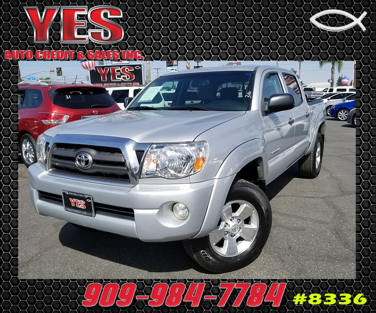 2010 Toyota Tacoma PreRunner V6 INTERNET PRICE Price does not include tax license fees acces