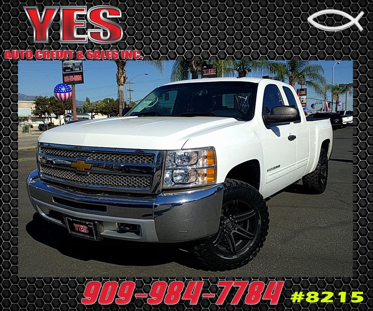 2012 Chevrolet Silverado 1500 LT INTERNET PRICE Price does not include tax license fees acce