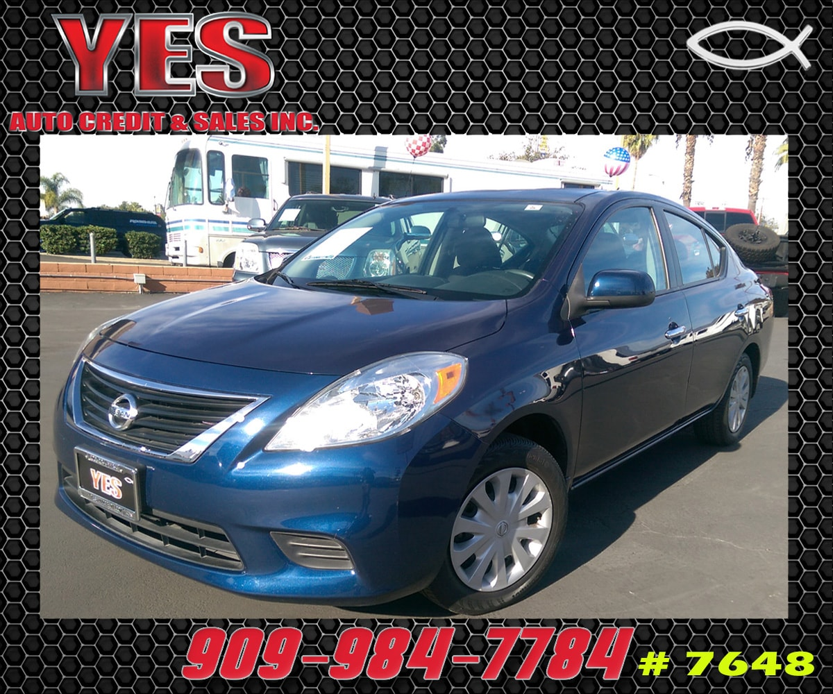 2012 Nissan Versa 16 SV CVT MANAGER SPECIALPrice does not include tax licence fees accessories