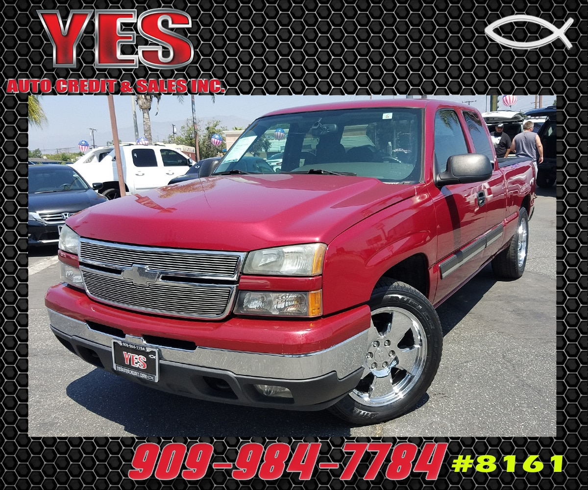 2007 Chevrolet Silverado 1500 Classic LT2 INTERNET PRICE Price does not include tax license f