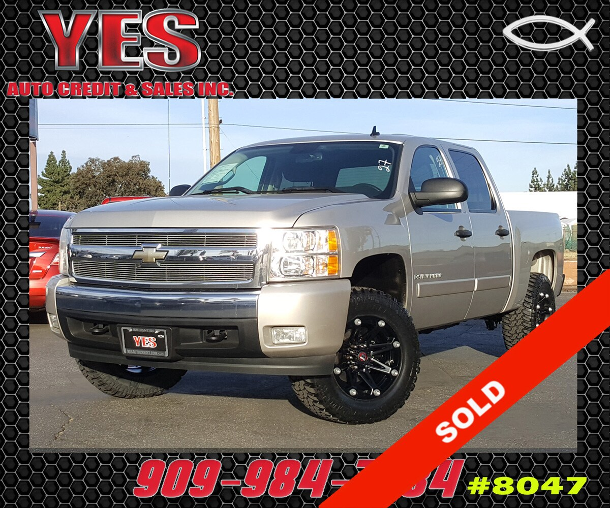 2007 Chevrolet Silverado 1500 LT2 INTERNET PRICE Price does not include tax license fees acc