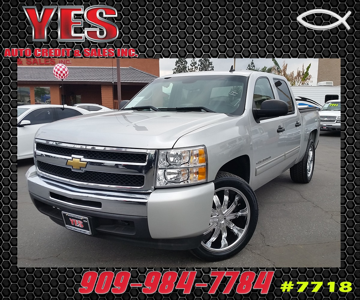 2010 Chevrolet Silverado 1500 Xtra Fuel Economy MANAGER SPECIALPrice does not include tax licence