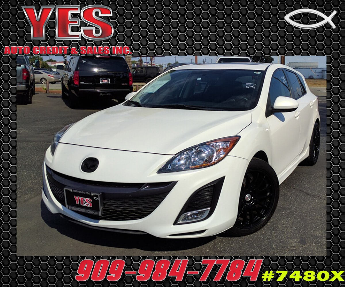 2011 Mazda Mazda3 INTERNET PRICE Price does not include tax license fees accessories and aft