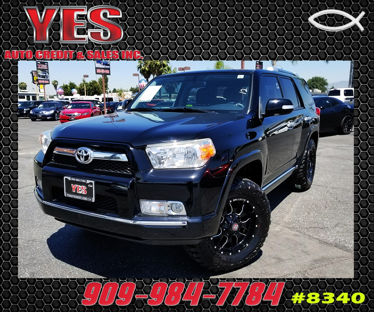 2011 Toyota 4Runner SR5 V6 INTERNET PRICE Price does not include tax license fees accessorie