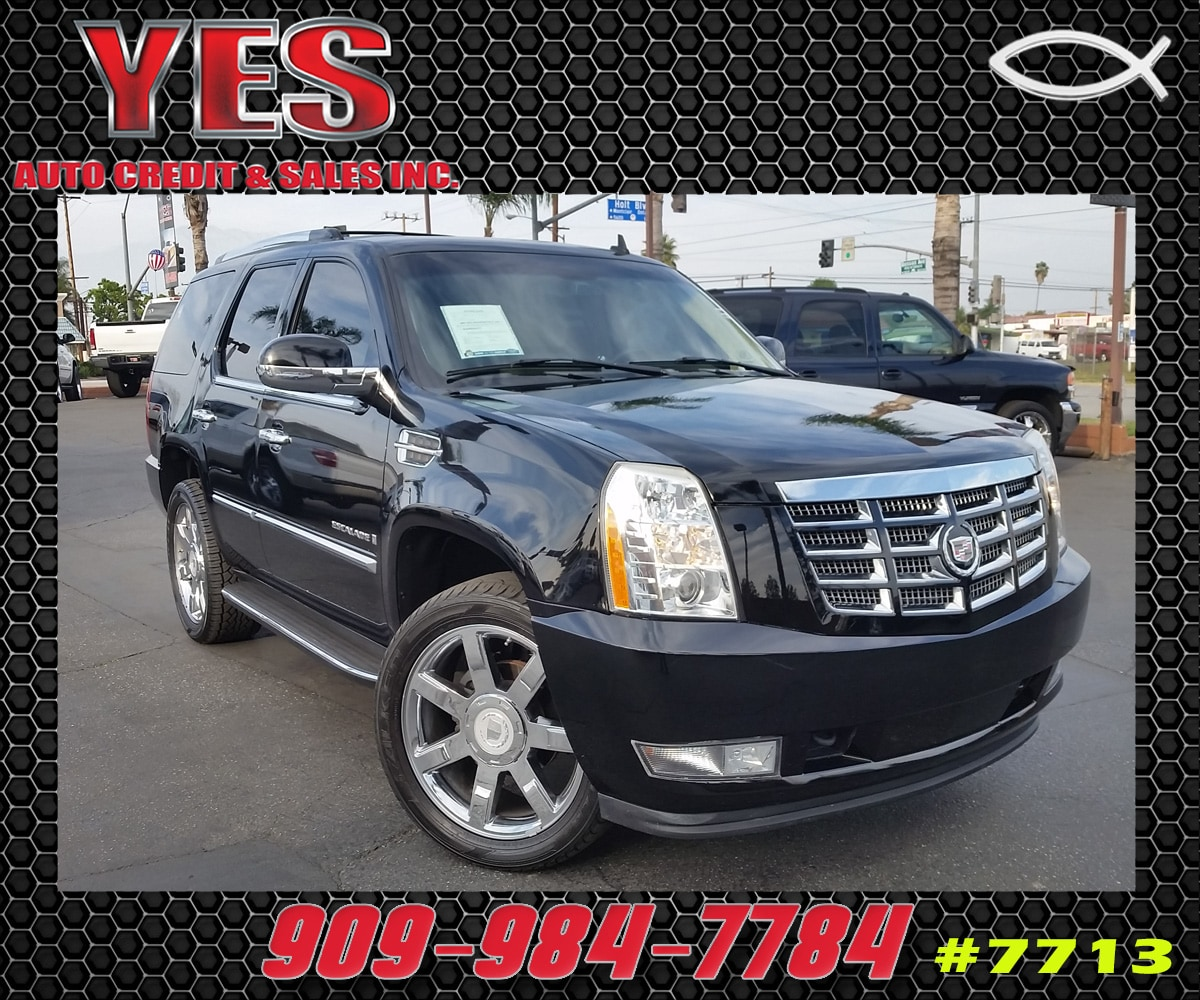 2007 CADILLAC ESCALADE Base MANAGER SPECIALPrice does not include tax licence fees accessories an