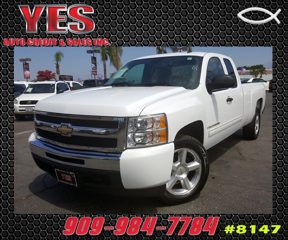 2009 Chevrolet Silverado 1500 LT INTERNET PRICE Price does not include tax license fees acce